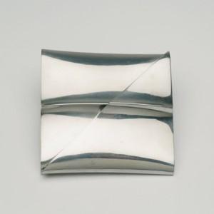 Bosch van den Francoise - inv nr 2.2006 - cushion brooch 1976 FOTO VAN WEB